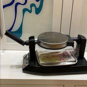 New without box Waring Pro Belgian Waffle maker